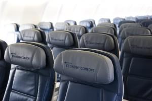 Delta A330 economy comfort
