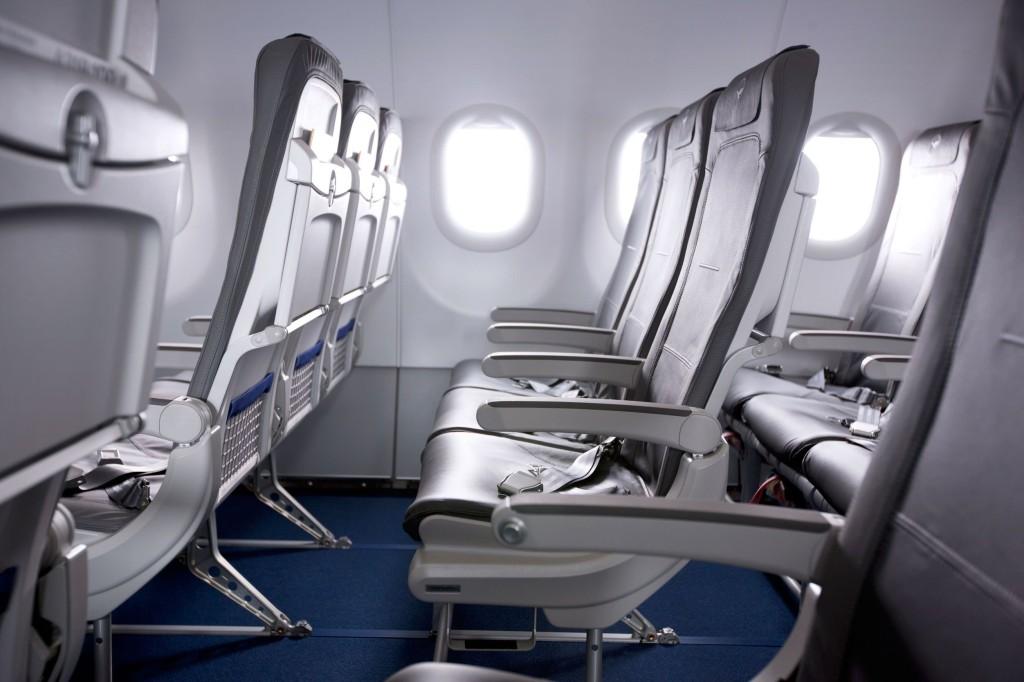 Bare Bones Slimline - Lufthansa