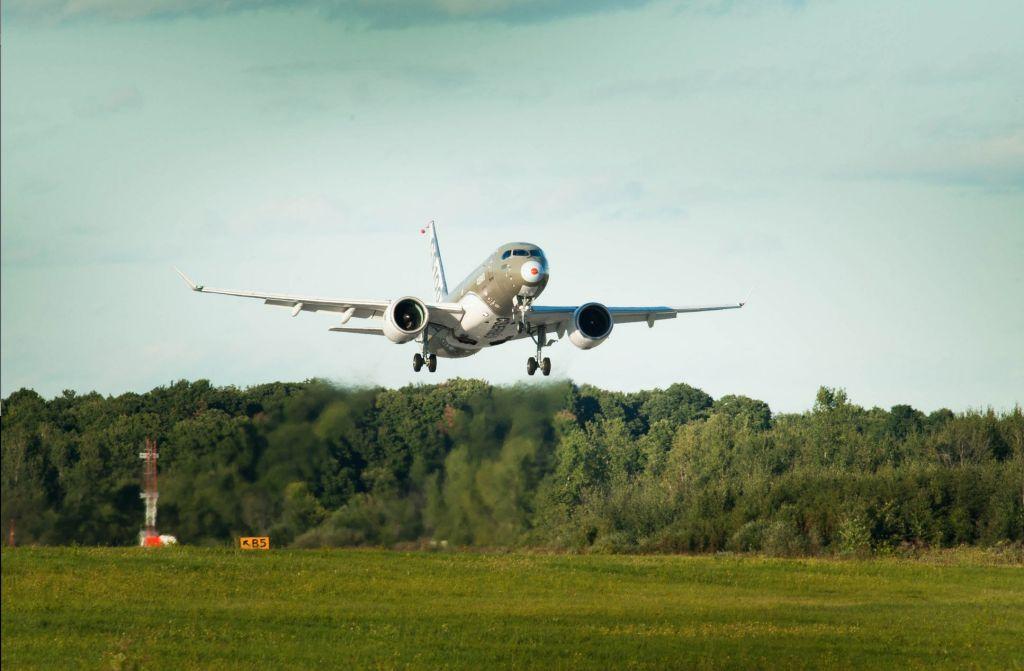 CSeries aircraft