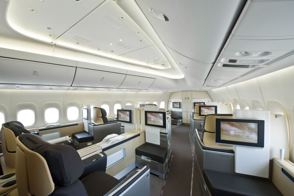 DLH 747-8I LN1443 RC022