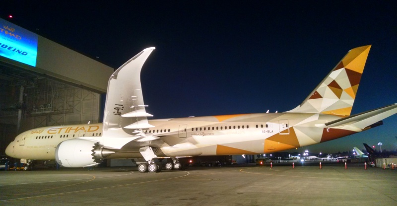 Etihad goes way outside Boeing's catalog for its first 787-9 ...