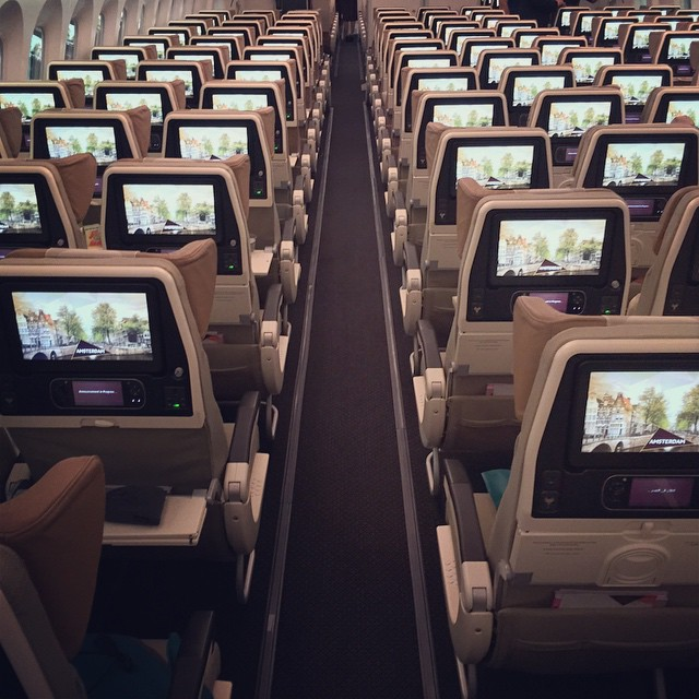 No_no__tell_me_again_how_the_aisles_in_a_nine-abreast_787_are_wide_enough.____paxex__avgeek