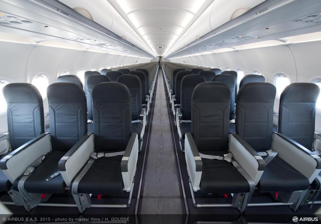 A320_Vueling_interior_cabin_2