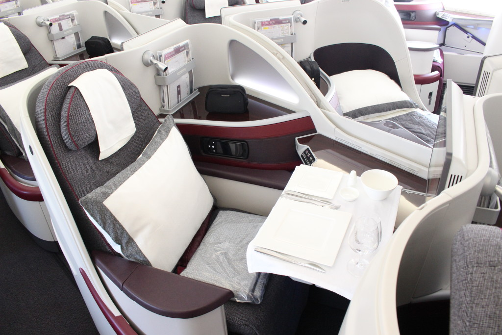COMPARE - 24 degree angle on Qatar Airways Airbus A380 - PAS15 Paris Air Show - JW - IMG_8793