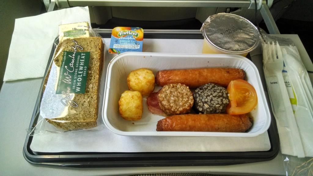 Aer Lingus' renowned Irish Breakfast - photo by @AirlineFlyer, Jason Rabinowitz