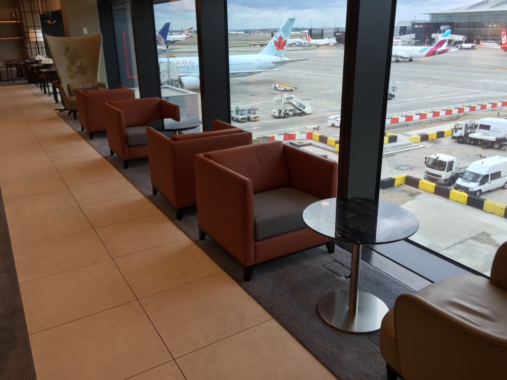 Comfort, elegance and practicality are comined in the first class lounge