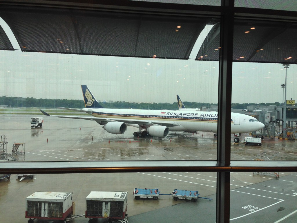 Singapore Airlines pushes Boeing, Airbus for 18-hour flights ...