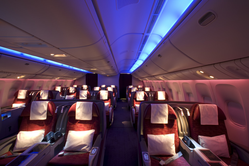 Qatar Airways Boeing 777-300ER business class seats side of cabin