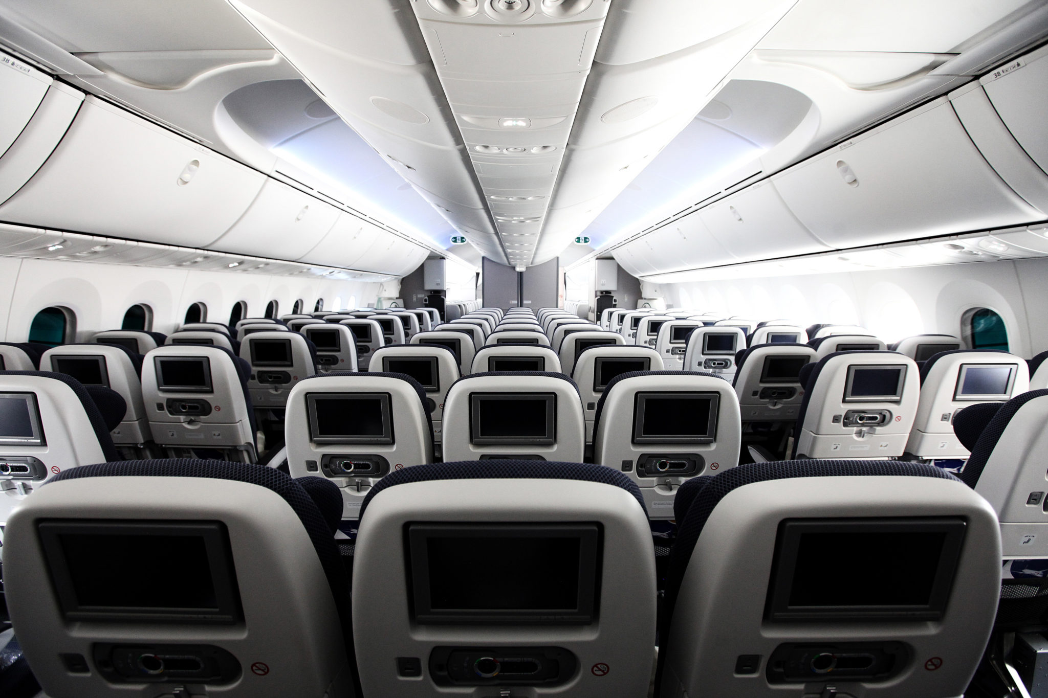 Boeing 787 interior coach viewing gallery - Negative Feedback Prompts British Airways To Widen Seats For 787 9 Runway Girlrunway Girl