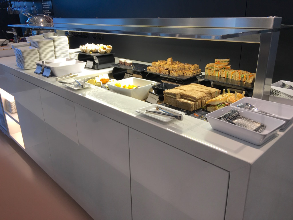 For a regional lounge, the food and beverage options hit the spot