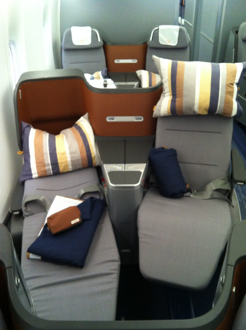 The V seats, when reclined, are tricky to escape for the window passenger