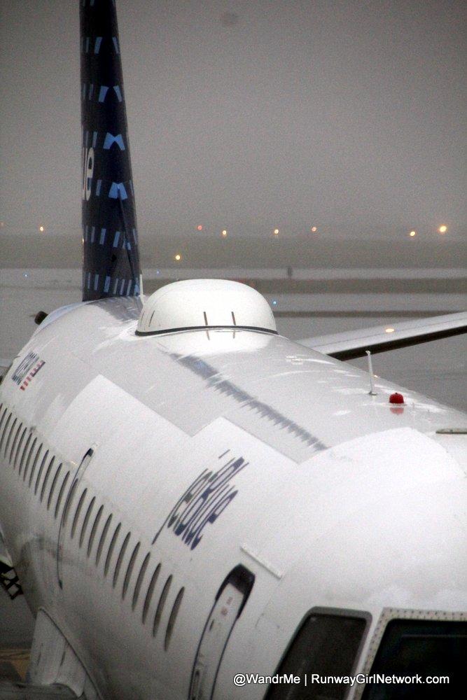 jetblue-flyfi-radome-embraer-e190-e90 (1)