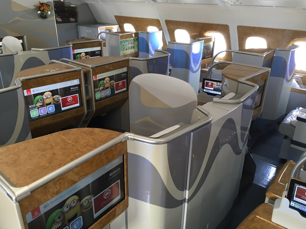 Emirates' business class cabin maintains the same seats and cabin fittings. Image - Jason Rabinowitz, @AirlineFlyer