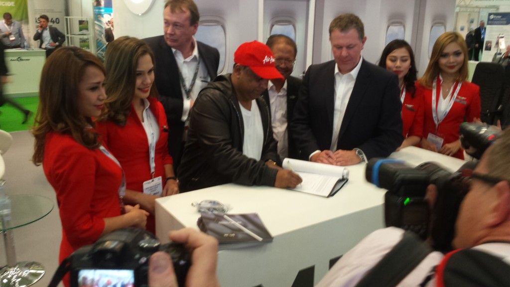 AirAsia sings the deal Wednesday April 6th with Mirus. Image: Mary Kirby