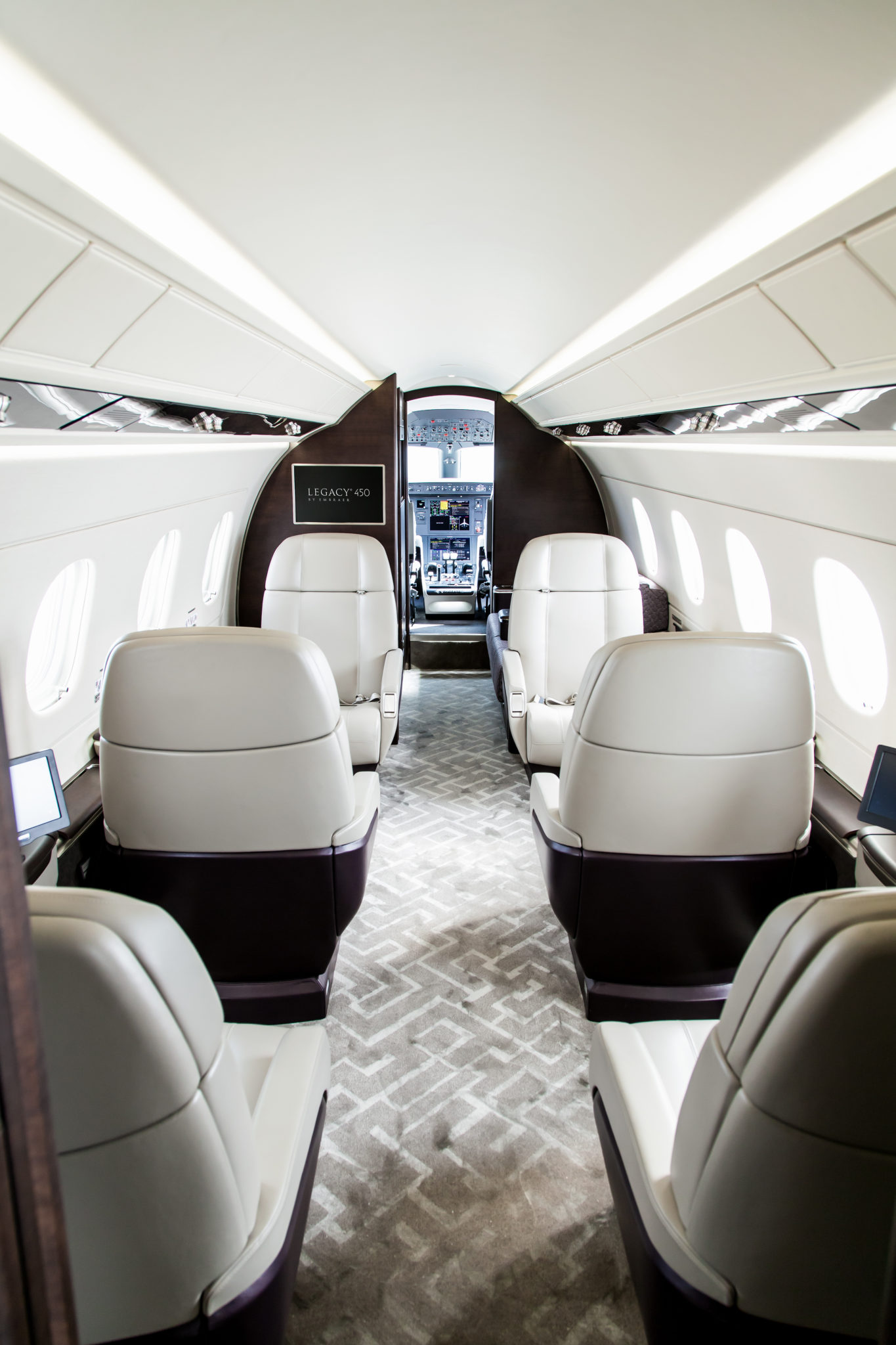 Lights on view on the Legacy 450 cabin interior. Image: Embraer