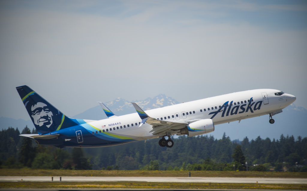 Alaska Airlines flight 388 takes off on its way from Seattle to San Francisco on June 7, 2016, powered by the first alcohol-to-jet fuel made from sustainable U.S. corn. Ingrid Barrentine/Alaska Airlines