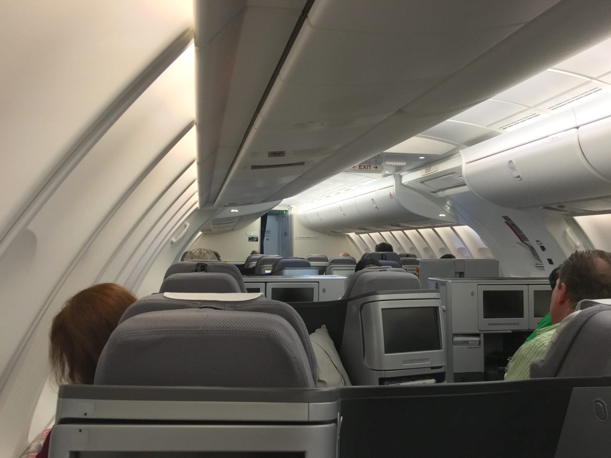 The Upper Deck Of A 747 8I Is Pleasant But Lufthansa Hasnt