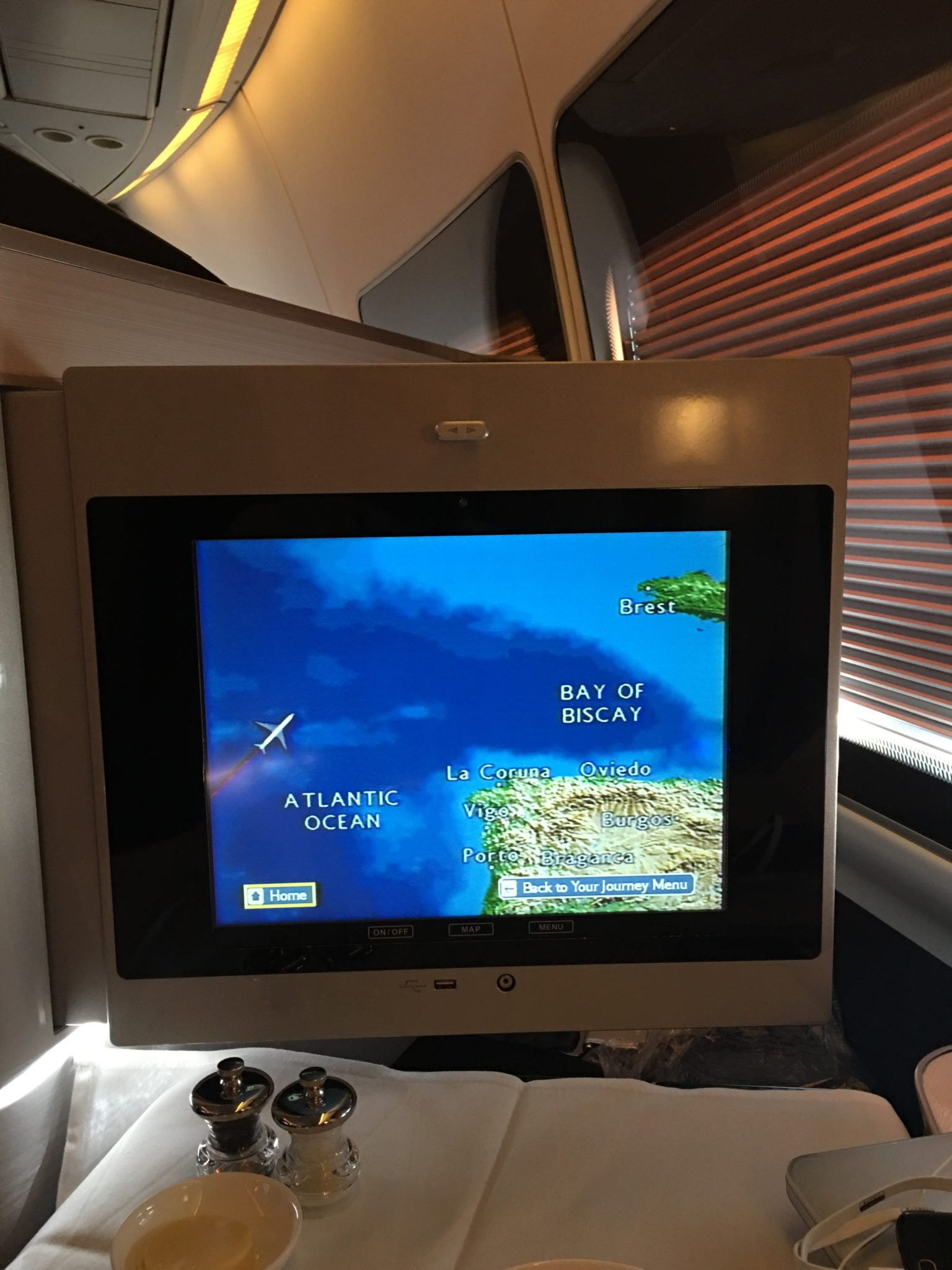 The elderly BA entertainment system on these unrefurbished 747s isn't up to snuff any more. Image: Callum Skinner