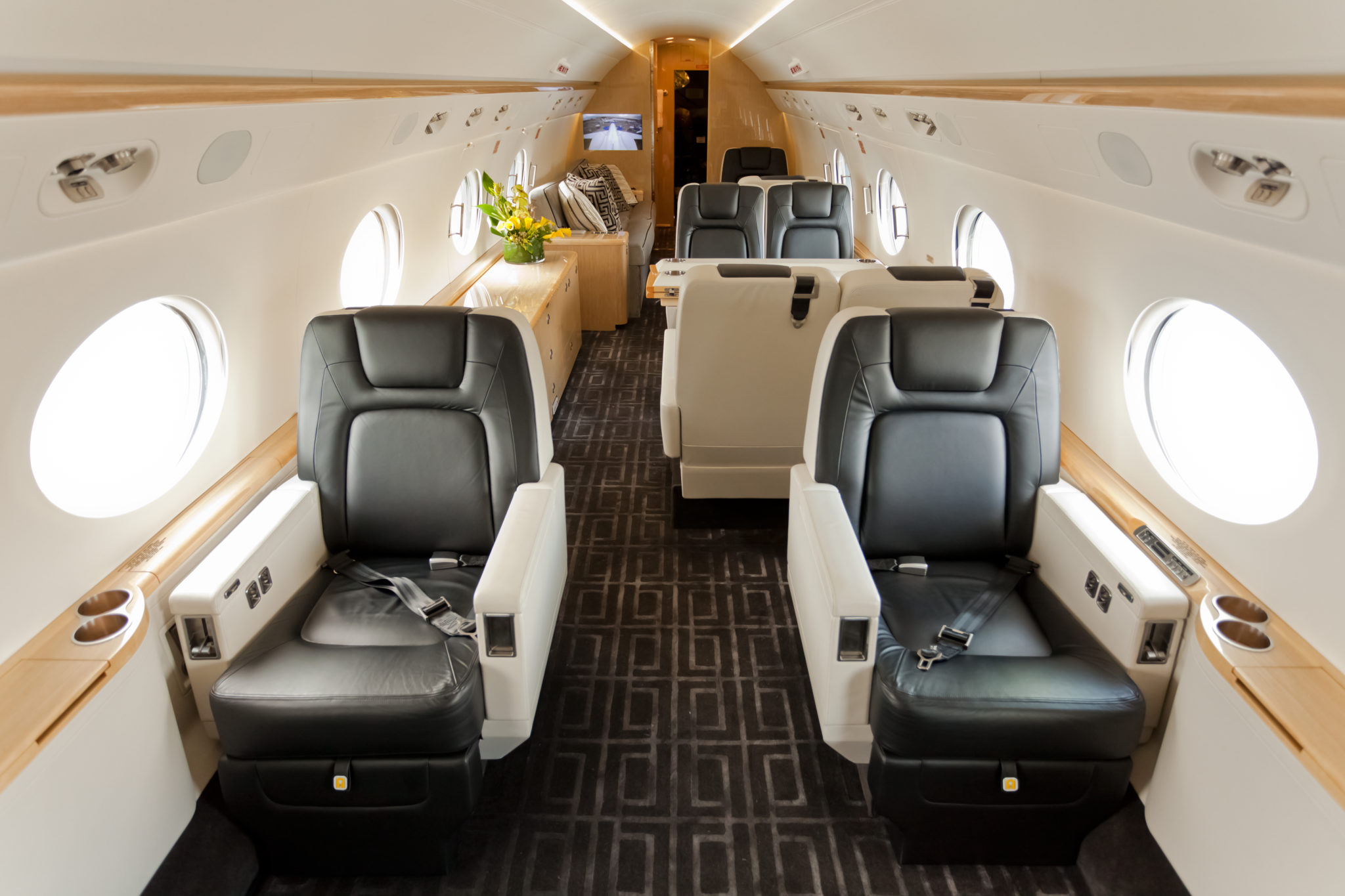 West Coast Americans trend on the young side of the scale in age and often share pictures of their experience on social media outlets. Image: PrivateFly