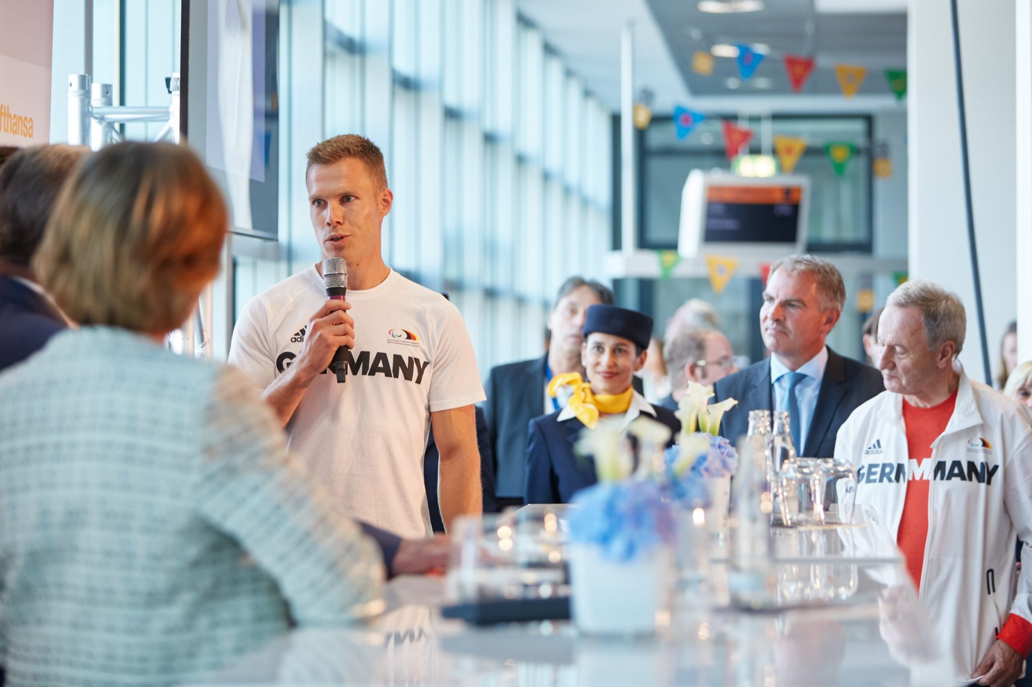 A festive atmosphere at the gate was the least of the planning required. Image: Lufthansa