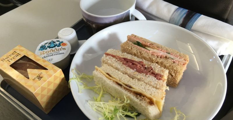 Eulogy for a proper British Airways afternoon cream tea