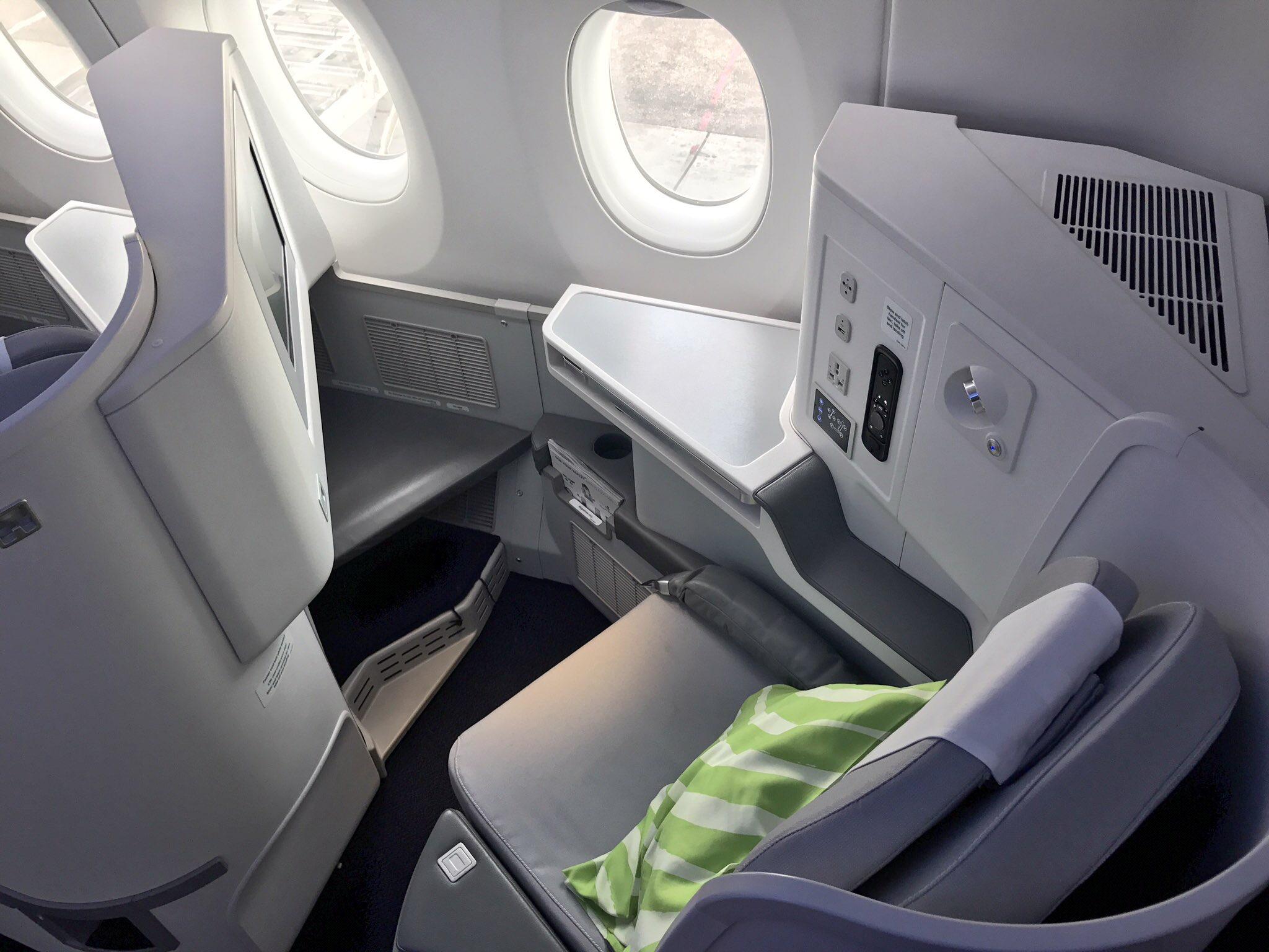 Finnair A320 Interior