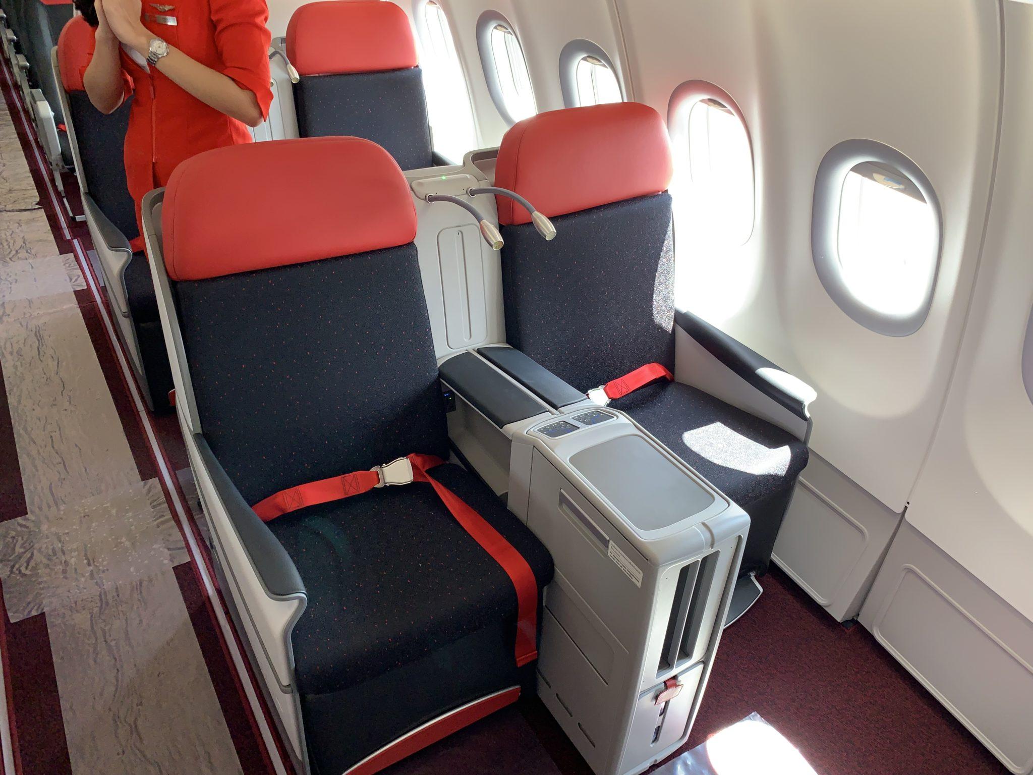 Boeing 787 twinjets, so