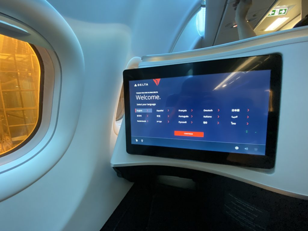 delta ife screen displaying welcome window