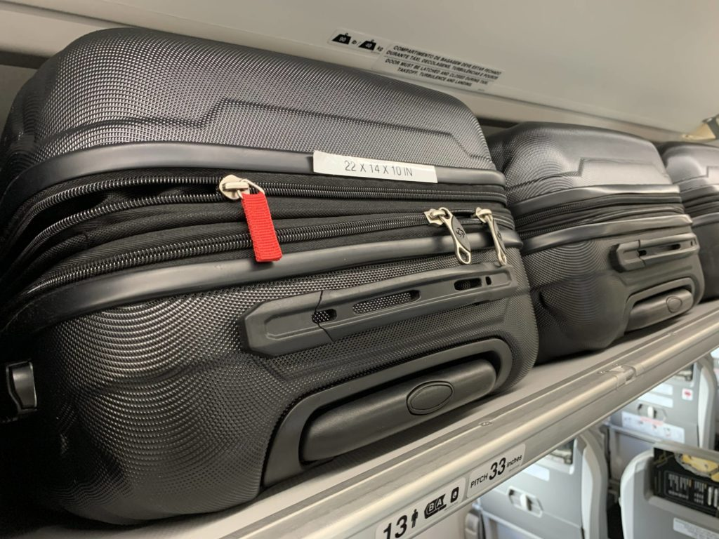 The overhead storage bins on the E192-E2 allow standard carryon rolling bags