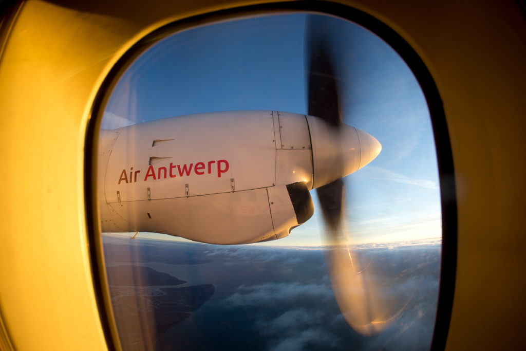 Fokker 50 engine out of a window