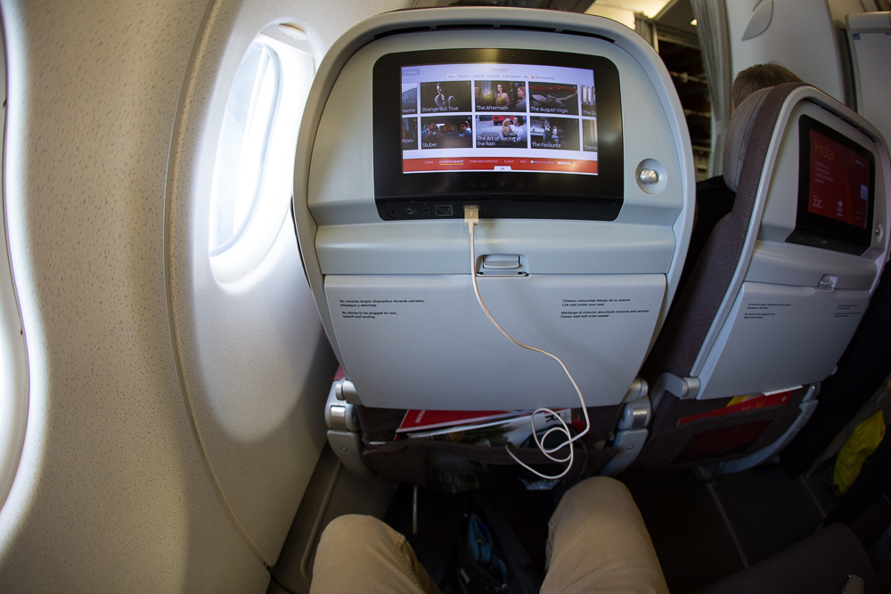 """Iberia IFE screen with USB port and standard 31"""" pitch"""