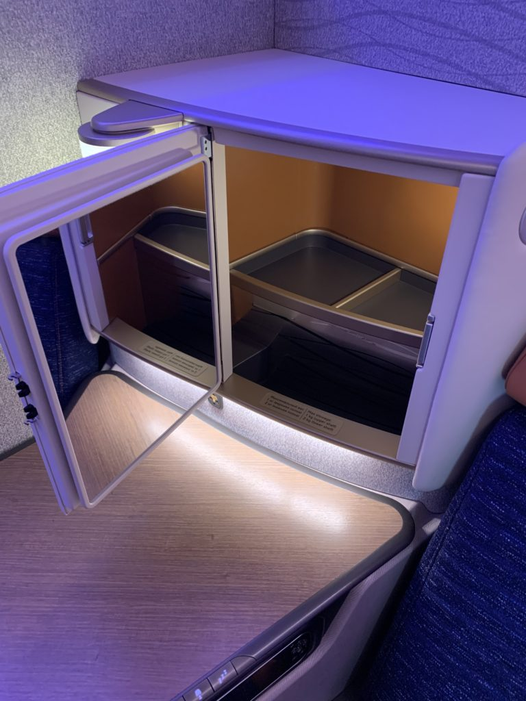 Storage compartment on the Horizon suite