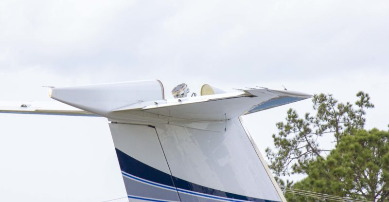 The Plane Simple Ku-band tail mount antenna installed on SD Gulfstream aircraft for aerial testing.
