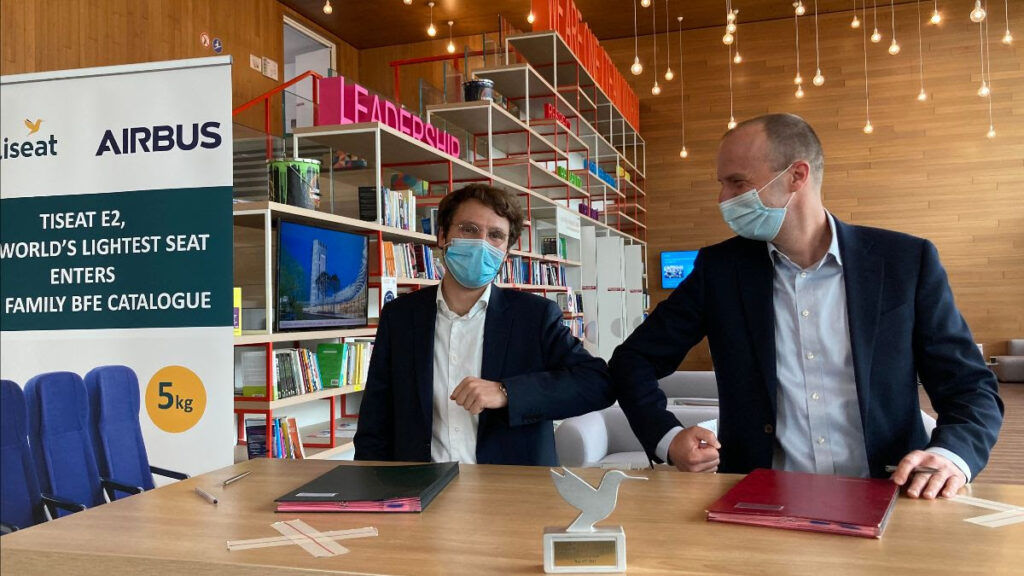 From left to right: Benjamin Saada, CEO at Expliseat and Tim Sommer, VP Procurement Seats & Electronics at Airbus