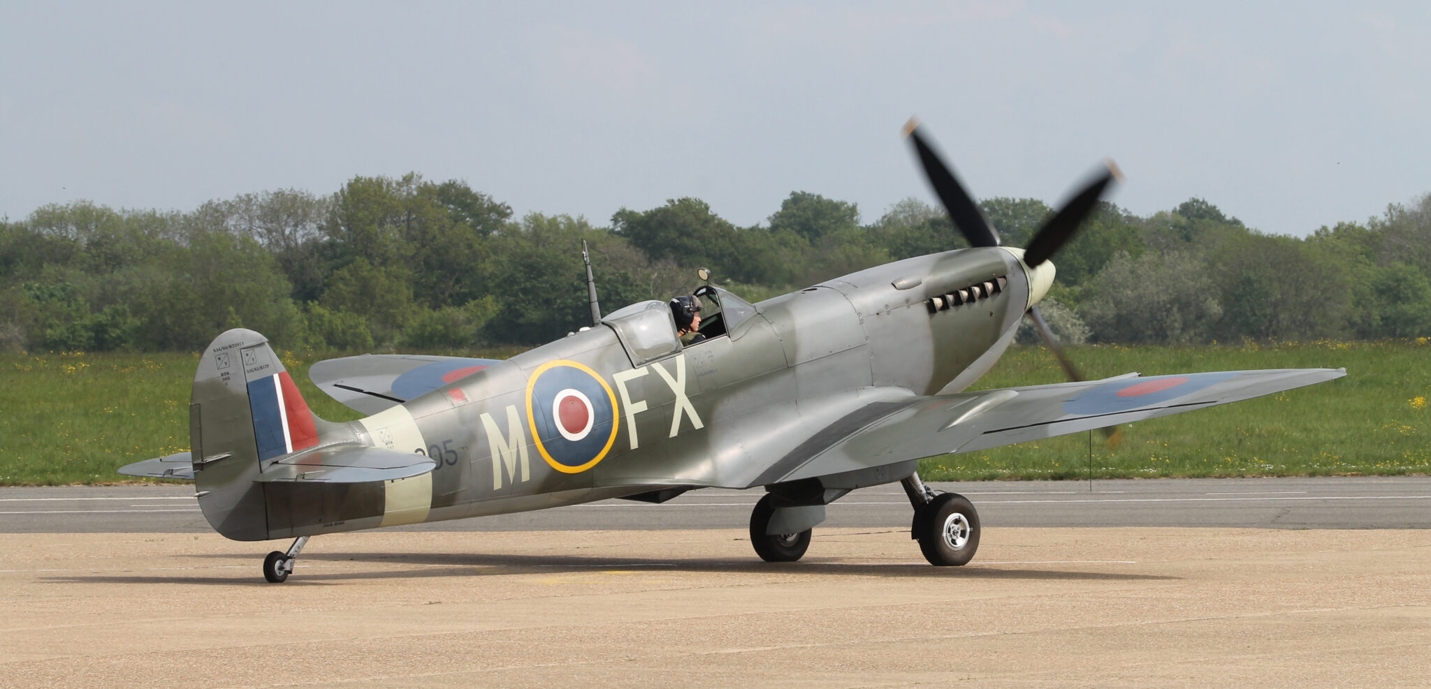 Biggin Hill-based Spitfire Mk IX TA805 taxies in after its impressive Armchair Airshow campaign.