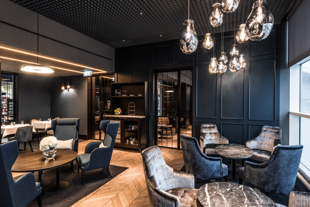 Airport Dimensions, Swissport NO1 Lounges Clubroom