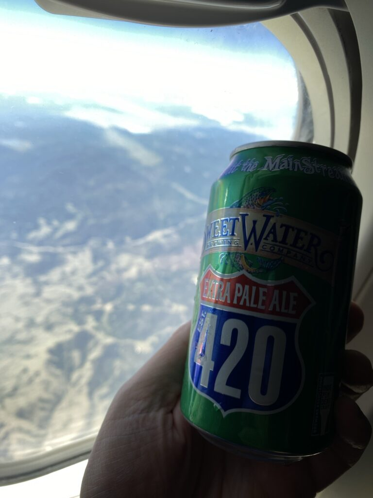 An extra pale ale offered to Comfort+ passengers on the 737-900ER