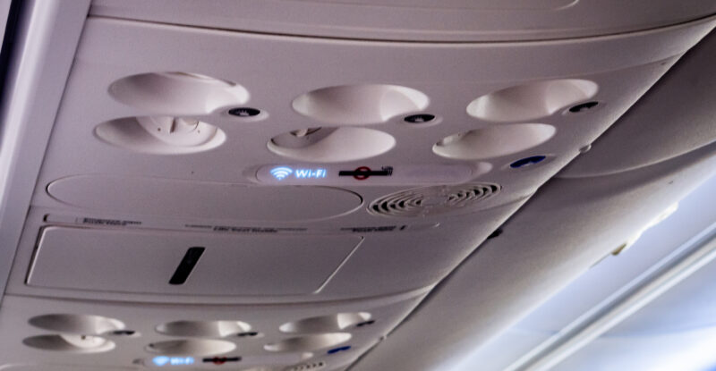 Wi-Fi sign on board an aircraft, in the PSU