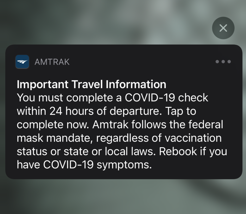 Screenshot of a push notification on a travelers mobile device. The notification is prompting the traveler to fill out the required COVID-19 Declaration.