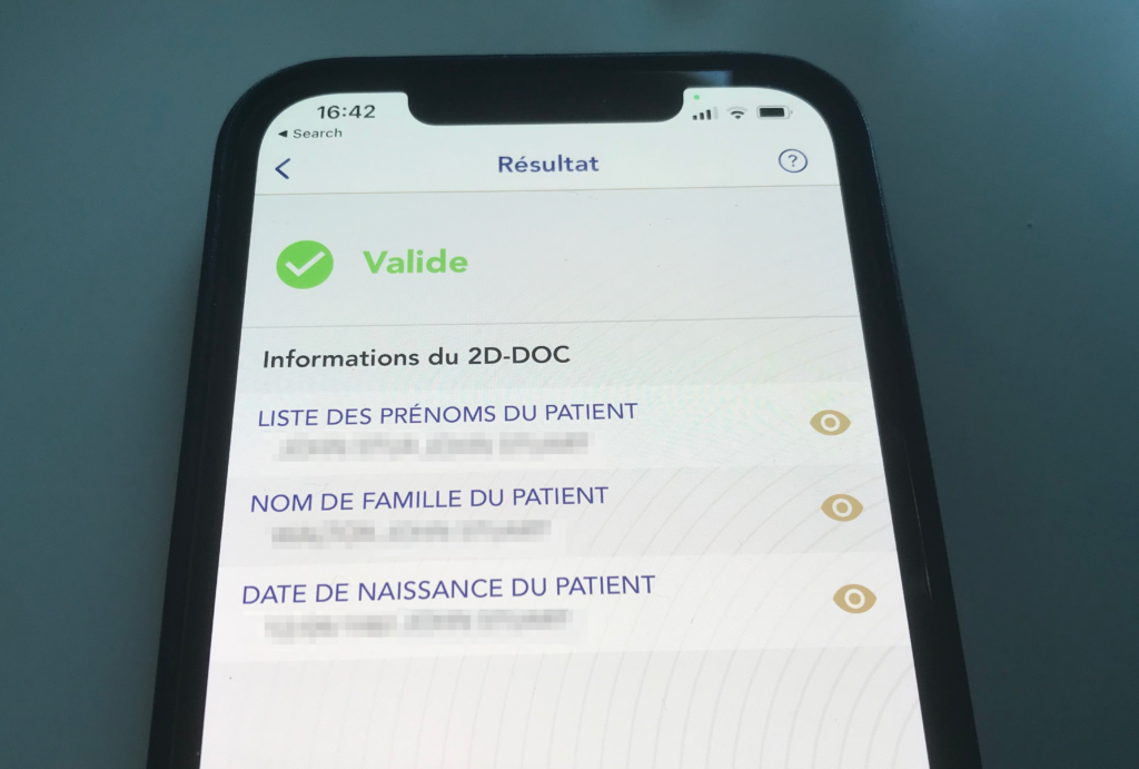 France's TACverif app being displayed on a mobile device.